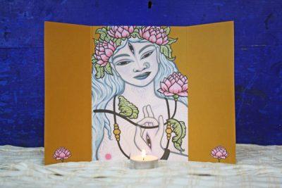 Huisaltaar van Witte Tara uit de Home & Travel Altars set